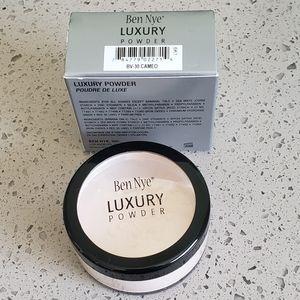Ben Nye Cameo Bella Luxury Powder 0.92oz jar